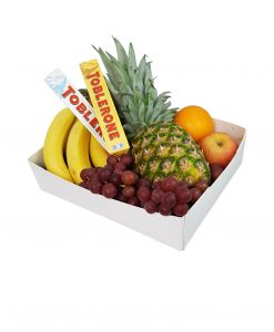 fruitmand fruitbox Suriname Ananas