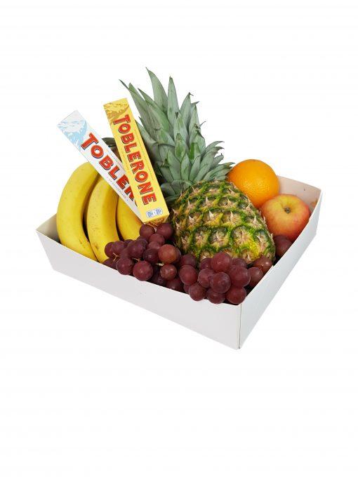 fruitmand fruitbox Suriname Ananas