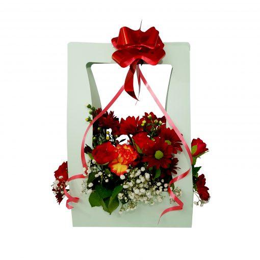 apart boeket met rooie rode bloemen suriname ruiker